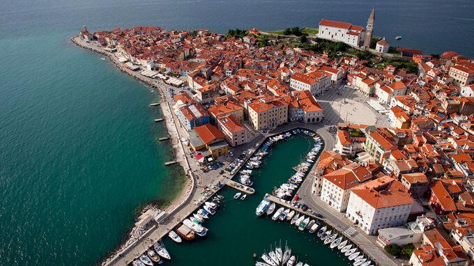 © www.slovenia.info / Jaka Jeraša / Piran, Slowenien - Luftaufnahme / Zum Vergrößern auf das Bild klicken