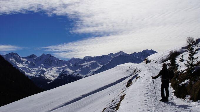© elvi_Adobe Stock / Niederthai, Tirol - Schneewandern / Zum Vergrößern auf das Bild klicken