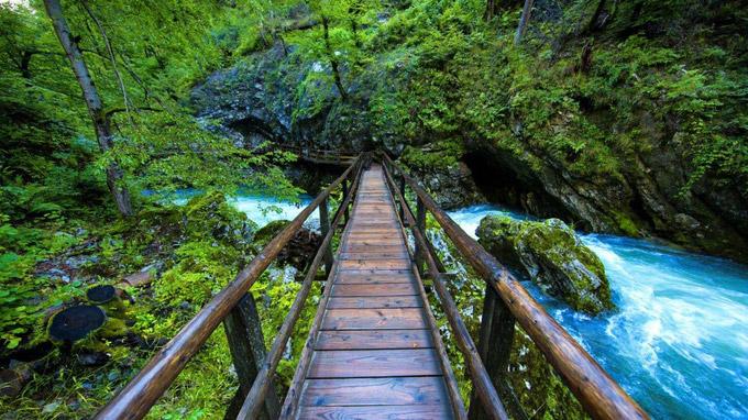 © www.slovenia.info/Jacob Riglin, Beautiful Destinations / Vintgar-Klamm, Slowenien / Zum Vergrößern auf das Bild klicken