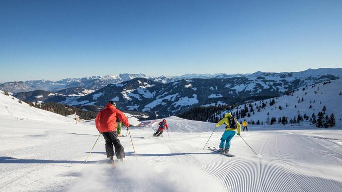 © Ski Juwel Alpbachtal Wildschönau / Wildschönau, Tirol - Sonnenskilauf / Zum Vergrößern auf das Bild klicken