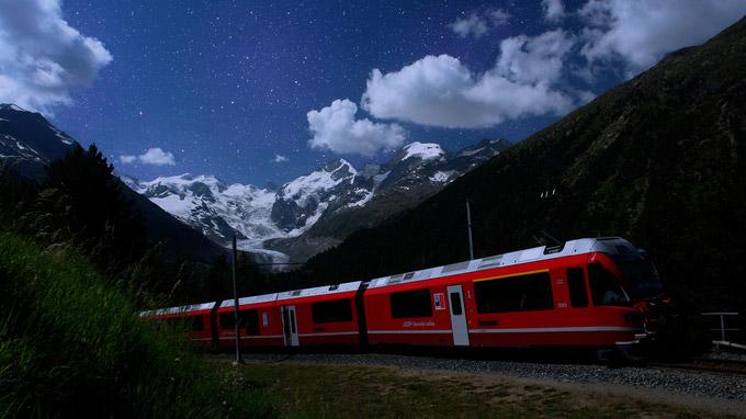 © Rhätische Bahn / RhB - Sternguckerfahrten / Zum Vergrößern auf das Bild klicken