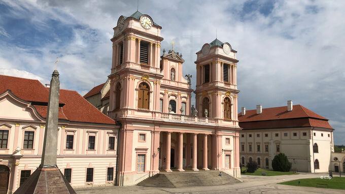 © Edith Spitzer, Wien / Kremstal-Donau, NÖ - Stift Göttweig / Zum Vergrößern auf das Bild klicken
