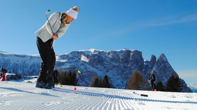 © Seiser Alm Marketing / Seiser Alm, Südtirol - Wintergolf / Zum Vergrößern auf das Bild klicken