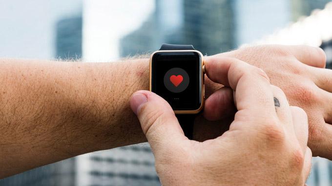 © pexels.com / rawpixel.com / Smartuhren für die Gesundheit / Zum Vergrößern auf das Bild klicken