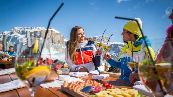 © Trentino Marketing / Federico Modica / Val di Fassa, Italien - Col Rodella Passo Sella / Zum Vergrößern auf das Bild klicken