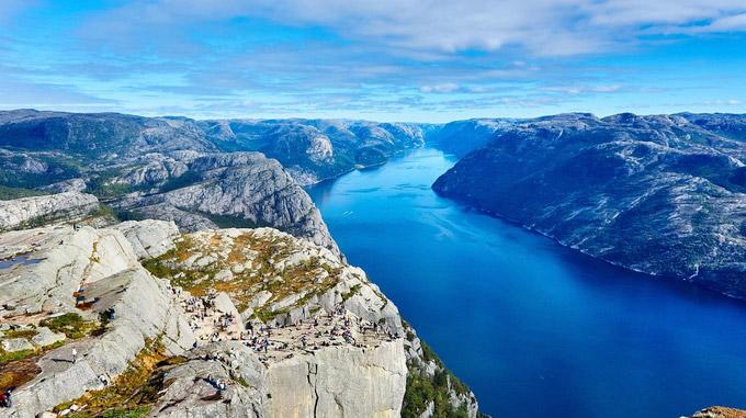 © pixabay.com / Free-Photos / Fjord in Norwegen / Zum Vergrößern auf das Bild klicken