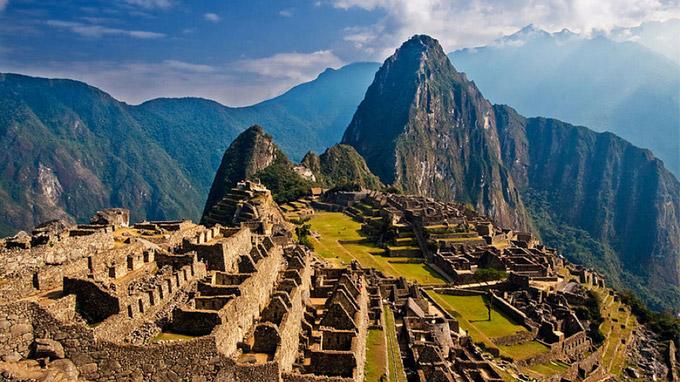 © Rodrigo S Coelho - shutterstock.com / Machu Picchu, Peru / Zum Vergrößern auf das Bild klicken