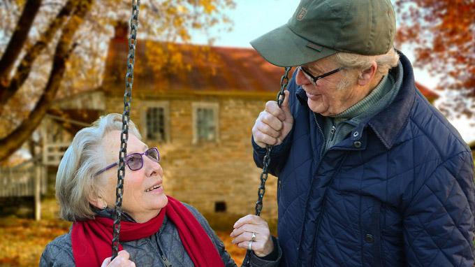 © Huskyherz / pixabay.com / Älteres Ehepaar / Zum Vergrößern auf das Bild klicken