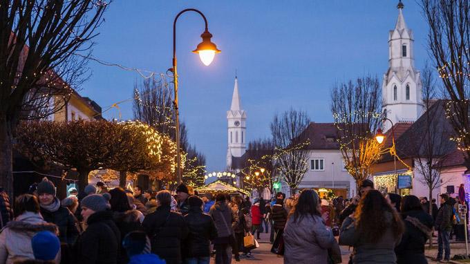 © TVB Mörbisch / Mörbisch, Burgenland - Advent / Zum Vergrößern auf das Bild klicken