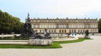 © Donau Touristik / Dilan Daujan / Herrenchiemsee, Bayern - Königsschloss / Zum Vergrößern auf das Bild klicken