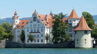 © pixabay com / Lindau, Bodensee - Luitpold-Kaserne und Pulverturm / Zum Vergrößern auf das Bild klicken