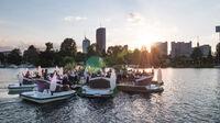 © Meine Insel Bootsvermietung / Alte Donau, Wien - Floating Concert_Insel / Zum Vergrößern auf das Bild klicken