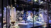 © Swarovski Kristallwelten / Swarovski Kristallwelten, Wien - Auslagengestaltung Nordlicht / Zum Vergrößern auf das Bild klicken