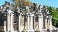 © Charles E. Ritterband / Side, Türkei - Römische Ausgrabungen / Zum Vergrößern auf das Bild klicken