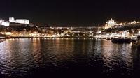 © Charles E. Ritterband 2019 / Porto, Portugal - Nachtaufnahme / Zum Vergrößern auf das Bild klicken