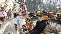 © Daniele Lira / Canazei, Val di Fassa, Italien - Carnevale ladino Maschere / Zum Vergrößern auf das Bild klicken