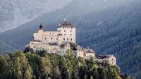 © Andrea Badrutt-Chur / Schloss Tarasp, CH / Zum Vergrößern auf das Bild klicken