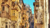 © Fremdenverkehrsamt Malta / Valletta, Malta - Battery Street / Zum Vergrößern auf das Bild klicken