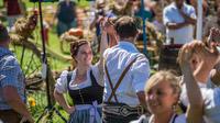 © Gasteinertal Tourismus GmbH / Creatina / Bad Hofgastein, Salzburg - Bauernherbst_Tanz / Zum Vergrößern auf das Bild klicken