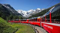 © RhB / Morteratschgletscher, Schweiz - Bernina Express / Zum Vergrößern auf das Bild klicken