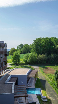 © Anita Arneitz, Klagenfurt / Falkensteiner Balance Resort, Stegersbach - Seitenansicht / Zum Vergrößern auf das Bild klicken