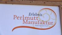 © Edith Spitzer, Wien / Felling, Waldviertel - Perlmuttmanufaktur / Zum Vergrößern auf das Bild klicken