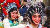 © Pascal Bernardon on Unsplash / Frankreich - Karneval / Zum Vergrößern auf das Bild klicken