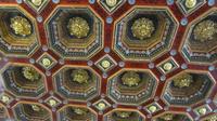 © Edith Köchl, Wien / Schloss Mir, Belarus - Kassettendecke / Zum Vergrößern auf das Bild klicken