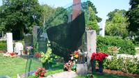 © Edith Spitzer, Wien / Wr Zentralfriedhof - Grab von Falco / Zum Vergrößern auf das Bild klicken