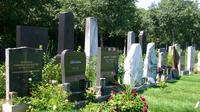 © Edith Spitzer, Wien / Wr Zentralfriedhof - Ehrengräber / Zum Vergrößern auf das Bild klicken