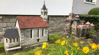 © Edith Spitzer, Wien / Kremstal-Donau, NÖ - Vorgarten / Zum Vergrößern auf das Bild klicken