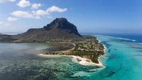 © Mauritius Tourism Promotion Authority, Bamba / Mauritius, Le Morne / Zum Vergrößern auf das Bild klicken