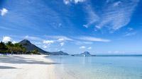 © Mauritius Tourism Promotion Authority, Bamba / Mauritius, Strand von Flic en Flac / Zum Vergrößern auf das Bild klicken