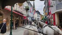 © www.badischl.at / Bad Ischl, Salzkammergut - Pferdekutsche auf Straße / Zum Vergrößern auf das Bild klicken