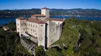 © Terre Borromee / Isola Bella, Lago Maggiore - Rocca di Angera / Zum Vergrößern auf das Bild klicken