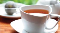 © Österreichisches Teeinstitut / Tee serviert / Zum Vergrößern auf das Bild klicken