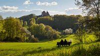 Nürnberger Land, Bayern - Wandern mit Blick auf Burg Hohenstein