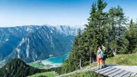 © Achensee Tourismus / Achensee, Tirol - Wanderpaar