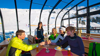 © Hochzeiger Bergbahnen / Albin Niederstrasser / Pitztal, Tirol - Wintergarten des Zeigerrestaurant / Zum Vergrößern auf das Bild klicken