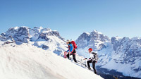 © Trentino Marketing / Allessandro Penso / Madonna di Campiglio, Italien - Schneewanderung / Zum Vergrößern auf das Bild klicken
