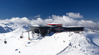 © visitbratislava.com und slovakia.travel / Jasna, Slowakei - Bergstation / Zum Vergrößern auf das Bild klicken